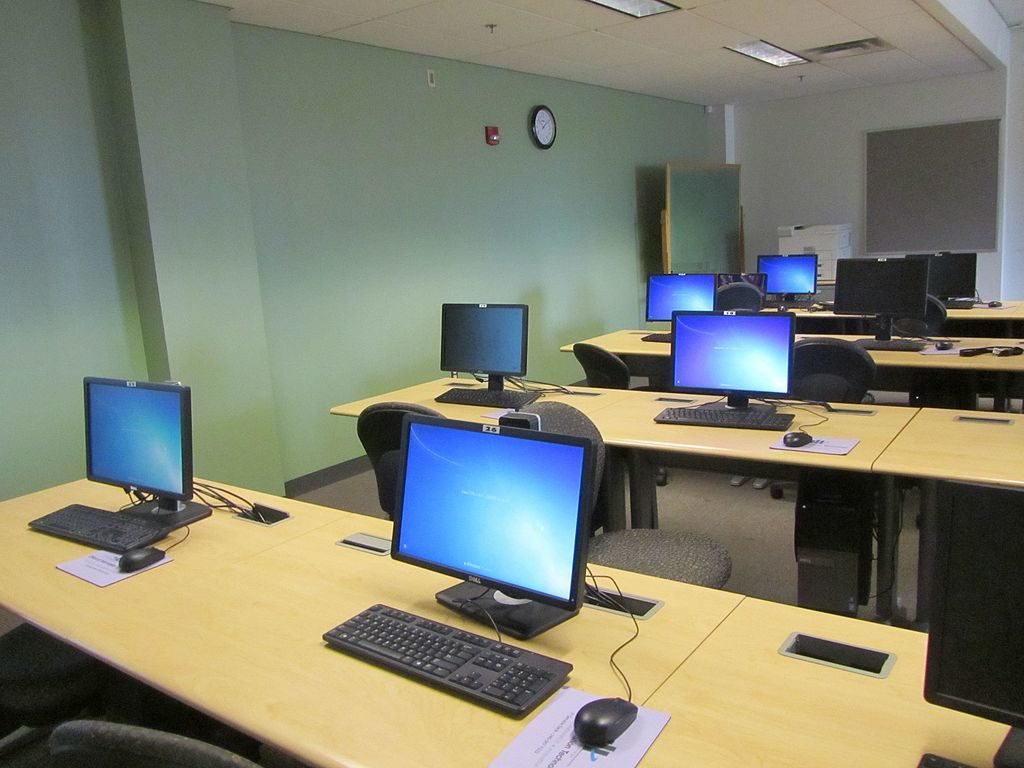 Linux training can happen in a classroom like this one.