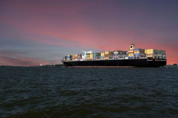 blockchain container shipping